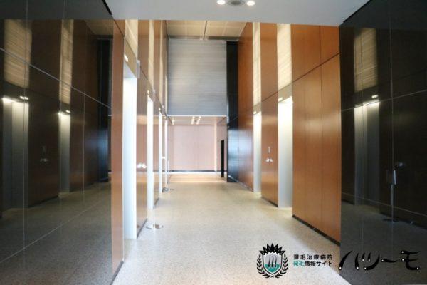 エレベーター乗り場