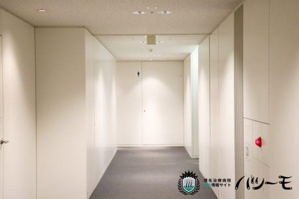 清潔感あふれる廊下